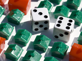 5 Reasons For and Against Buying Real Estate in 2009