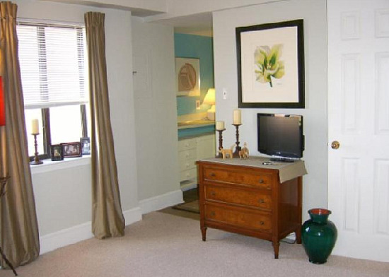 Tuesday's Deal of the Week: $200K Studio in Dupont Circle: Figure 3