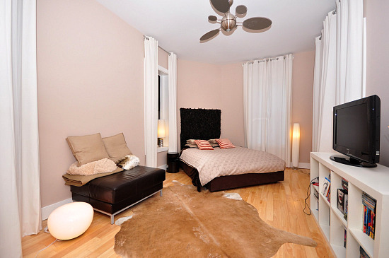 What 675k buys you 2 700 square foot loft in shaw for 2700 square foot house cost
