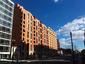 DC's Apartment Vacancy Drops, Construction Booms: Figure 1
