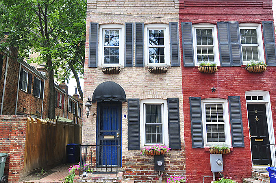DC Real Estate\'s Real Unicorn: One-Bedroom Houses