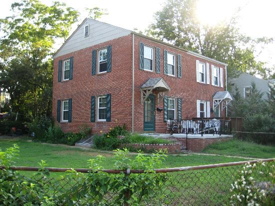 Huntington: The Quiet Neighborhood By the Beltway: Figure 1