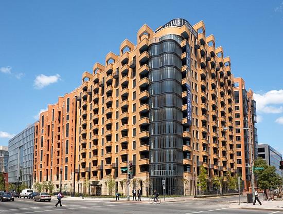 Best Real Estate Resurrection of 2010: 425 Mass: Figure 2