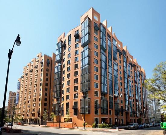 Best Real Estate Resurrection of 2010: 425 Mass: Figure 1
