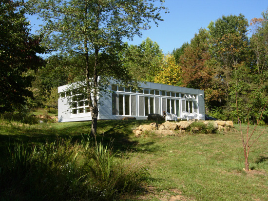 Unique Spaces: Modern Tranquility in Sperryville: Figure 1