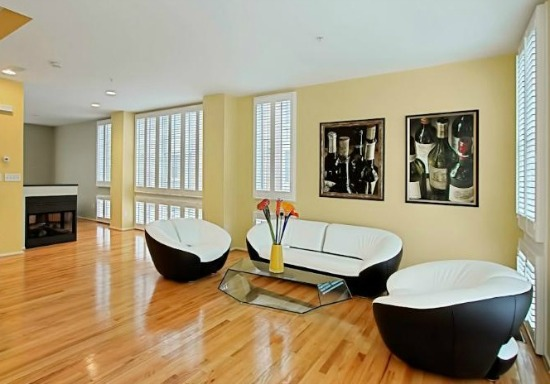 NoVa Best New Listings: Renovated '20s Foursquare, Colorful Contemporary, Reading Nook: Figure 2