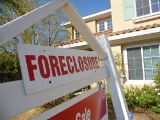 Area Homeowners Facing Foreclosure Hurry to Get Help