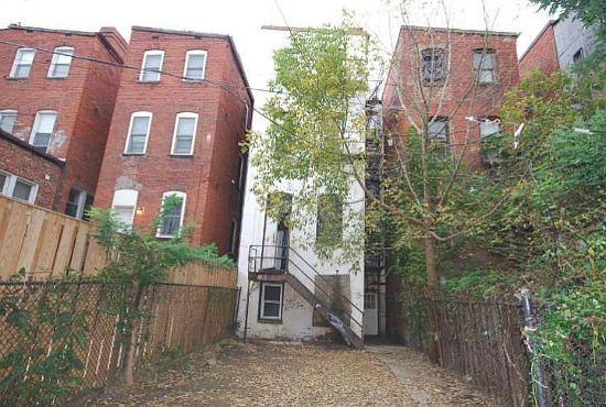 Re-imagined: A U Street Row House: Figure 8