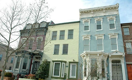 This Week's Find: Three Living Rooms in Logan Circle: Figure 1