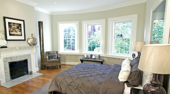 This Week's Find: A 33-Foot Wide Living Room in Kalorama: Figure 4