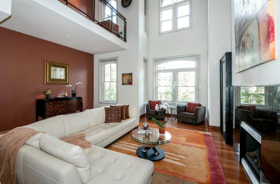 This Week's Find: Twenty-Foot Ceilings in Logan Circle: Figure 1