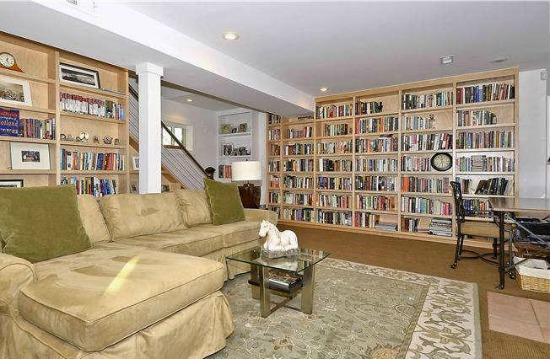 Best New Listings: Bookshelves, Exposed Piping and a Modern Renovation: Figure 1