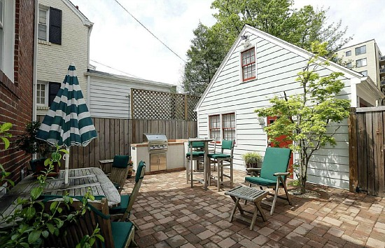 Multiple Bids: Chevy Chase Colonial With a Sauna: Figure 4
