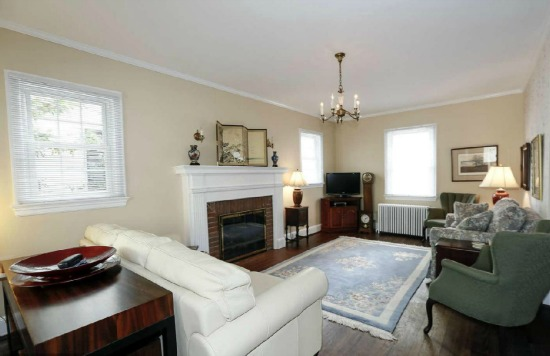 Multiple Bids: Chevy Chase Colonial With a Sauna: Figure 2