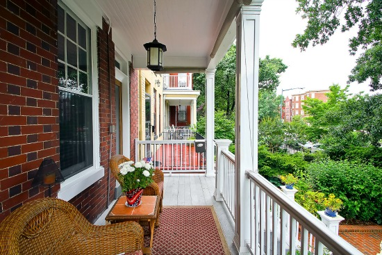 What $825,000 Buys You On Capitol Hill: Figure 2