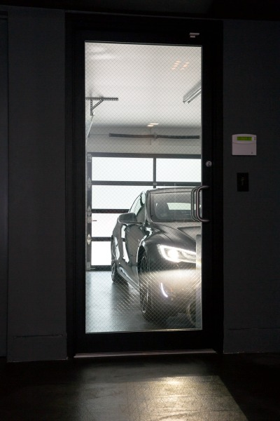 This Week's Find: Modern Renovation for DC's Tesla Owners: Figure 7