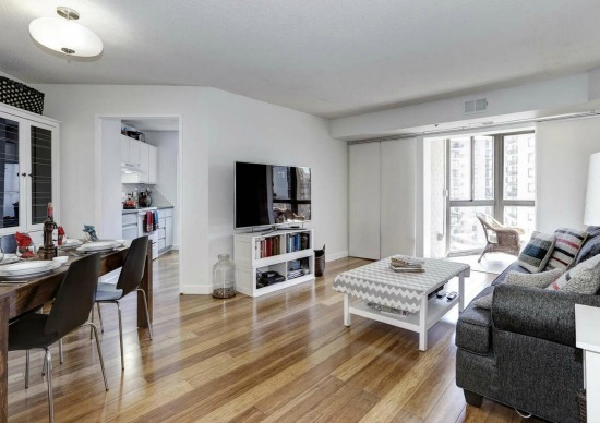 NoVa Best New Listings: Two Modern and a Condo With a Reading Room: Figure 3