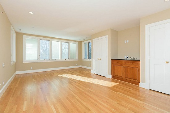 Virtual Staging: 1 Empty Room, 5 Possibilities: Figure 2