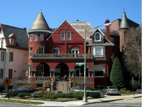 Dupont Circle Bed and Breakfast to Hit the Auction Block