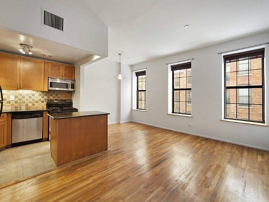 Jay-Z's Former Brooklyn Apartment Hits the Market: Figure 1