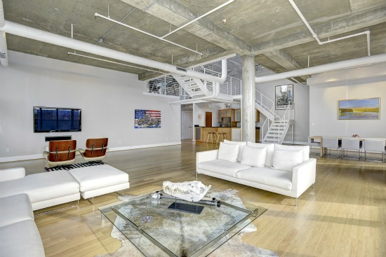 Mammoth Adams Morgan Loft Finds a Buyer: Figure 2