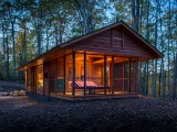 This 400 Square-Foot Mobile Cabin Looks at Home in the Woods
