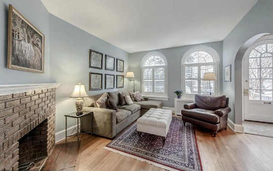 Best New Listings: Two Roomy Condos and Woodley Park Class: Figure 2