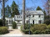 Knight Kiplinger Lists Spring Valley Home