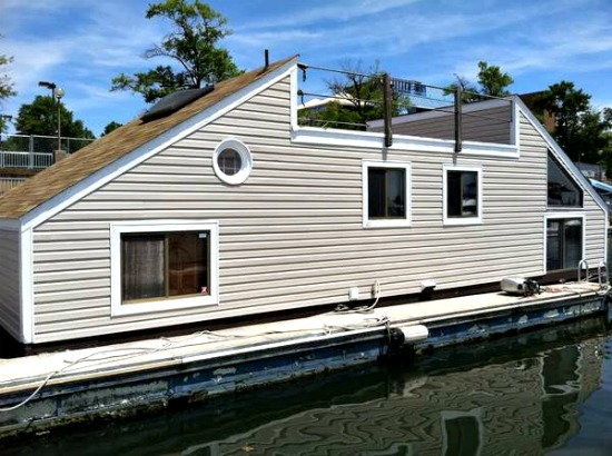 Water Living: Three Liveaboards For Sale at Gangplank Marina: Figure 1