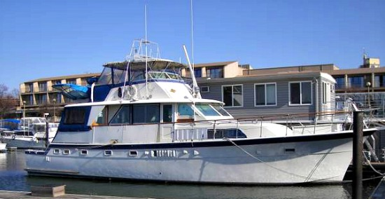 Water Living: Three Liveaboards For Sale at Gangplank Marina: Figure 2