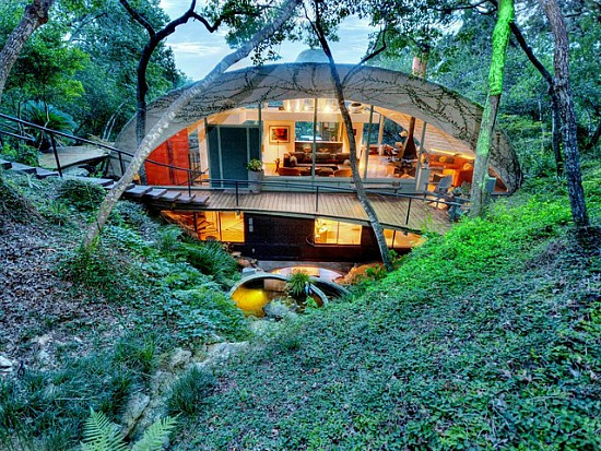 Friday Eye Candy: Austin's Grotto Dome: Figure 1