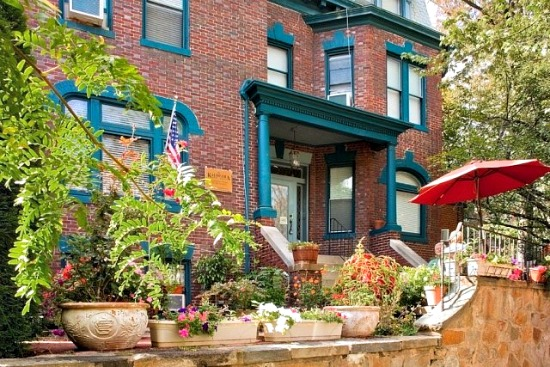 Woodley Park Bed and Breakfast to Hit the Auction Block: Figure 2