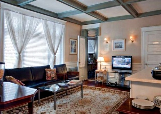 Woodley Park Bed and Breakfast to Hit the Auction Block: Figure 4