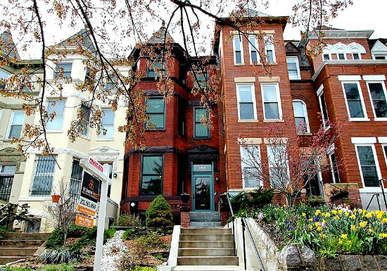 Home Price Watch: The Very Active Housing Market in Columbia Heights: Figure 1