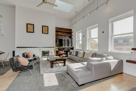This Week's Find: 2,400 Square Feet of Loft Space in Former Embassy: Figure 3