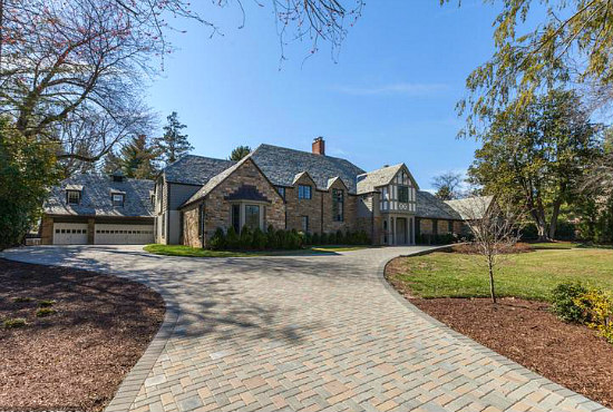 6,500 Square-Foot Forest Hills Mansion Hits the Market For $10 Million: Figure 1