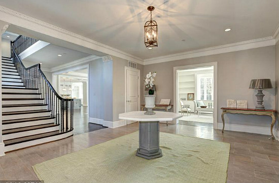 6,500 Square-Foot Forest Hills Mansion Hits the Market For $10 Million: Figure 3