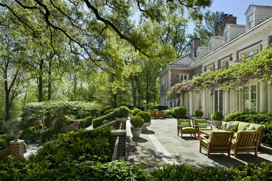 Steve Case Lists McLean Estate for $49 Million: Figure 4