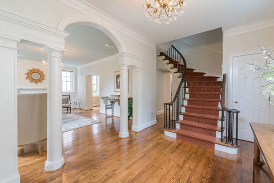 An Elegant Woodley Park Estate Hits the Market: Figure 2