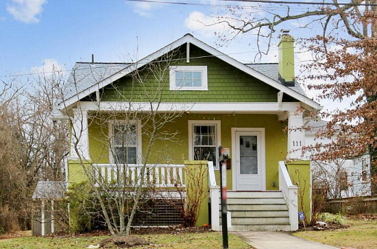 Best New Listings: A Bungalow Where Each Bedroom Has a Story: Figure 2