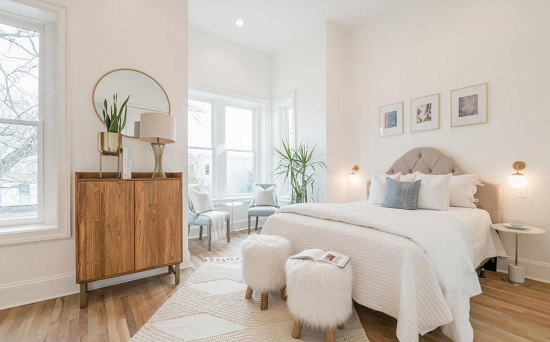 Best New Listings: A Bungalow Where Each Bedroom Has a Story: Figure 1