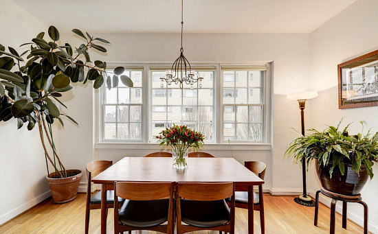 Best New Listings: South-Facing in Forest Hills and a Single Story in Brightwood: Figure 2