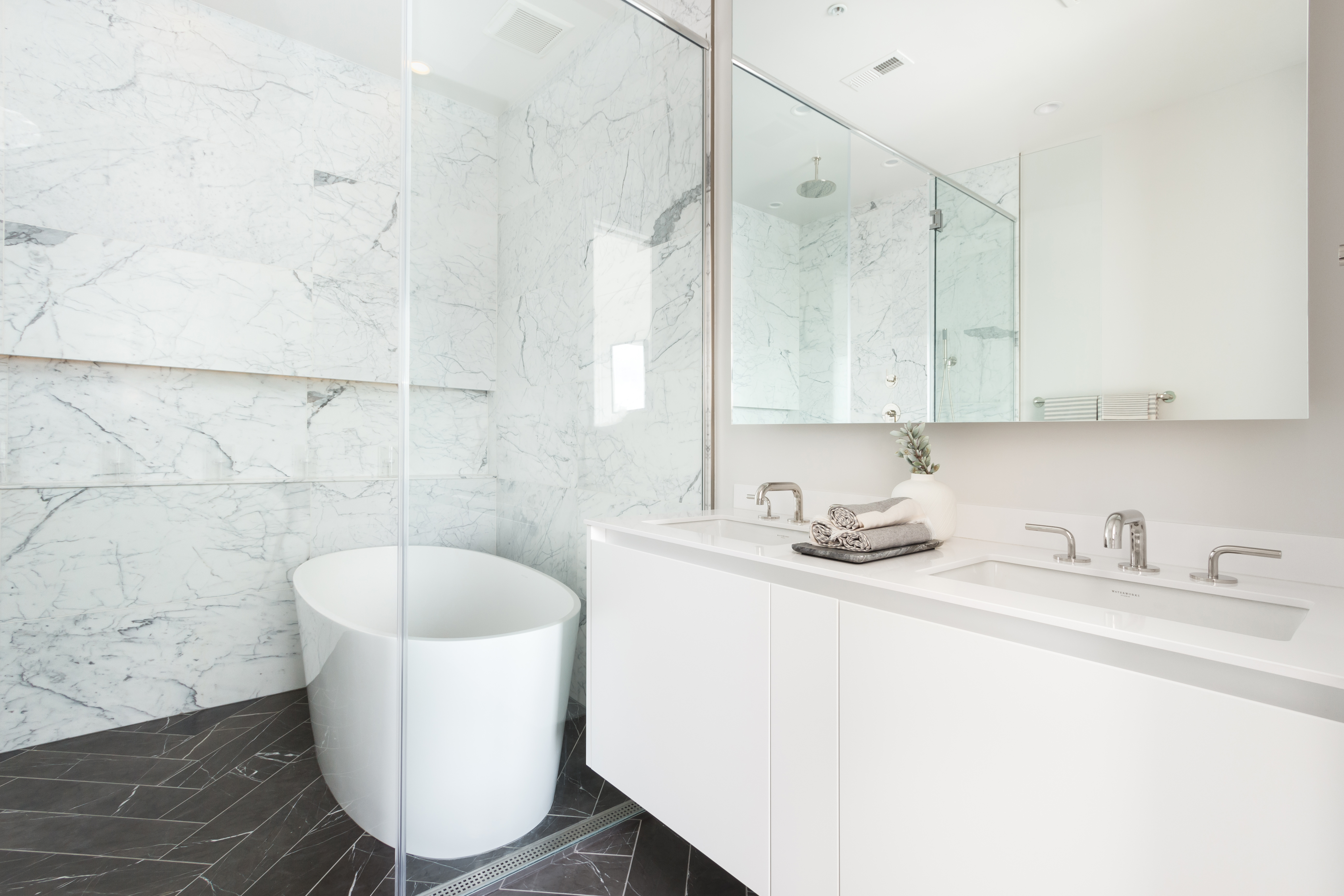 Five Exquisite Townhomes with a Twist Debut on Capitol Hill: Figure 4