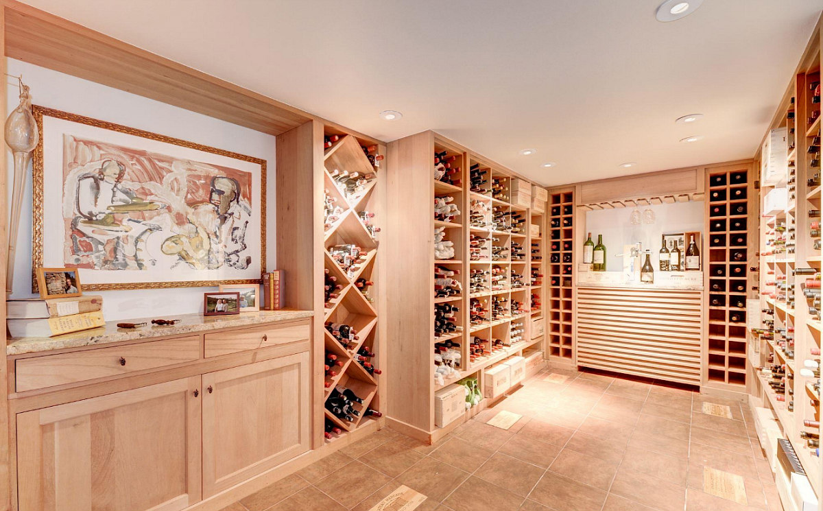This Week's Find: 6,800 Square Feet with Room For 1,500 Bottles in Spring Valley: Figure 12