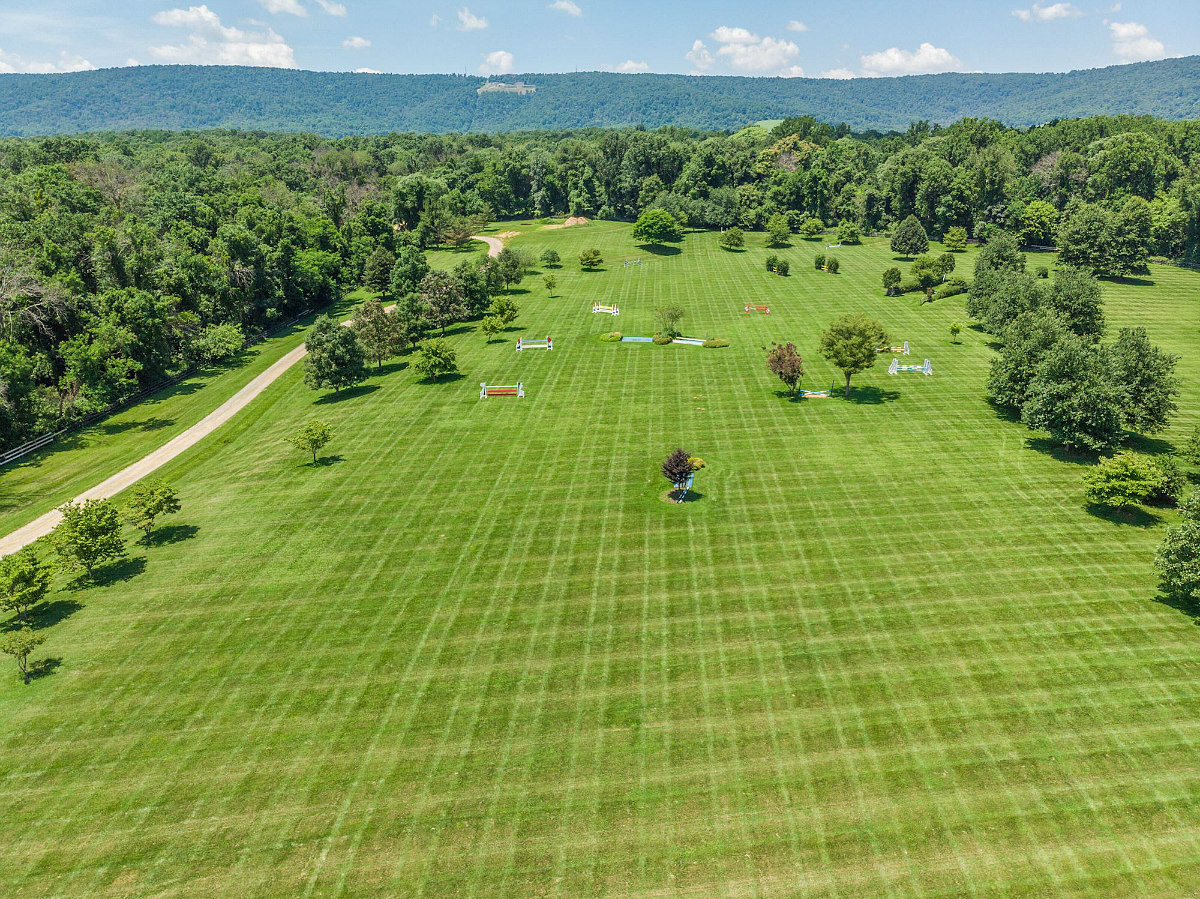 This Week's Find: A $13 Million Equestrian Estate in Virginia: Figure 3