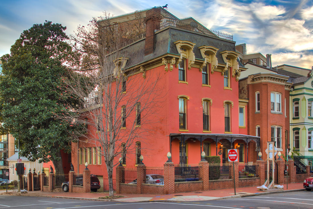 From B&B to Airbnb? Remixing a Mount Vernon Triangle Mainstay: Figure 1