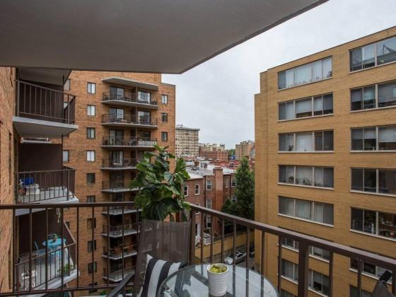 Bob Woodward's Watergate Apartment Hits the Market