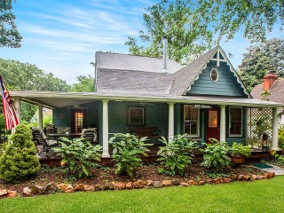 Under Contract in Arlington, Dupont and Washington Grove