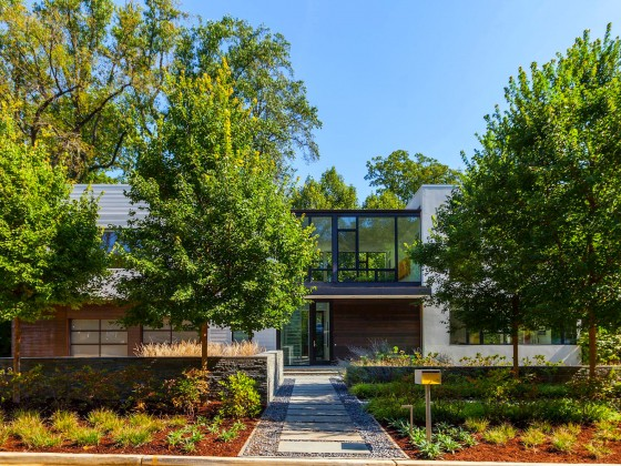 Best New Listings: Two Lofts and a Glass House