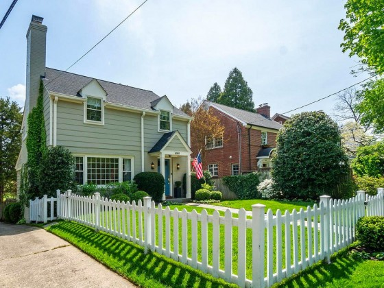 The 10 Neighborhoods Where Homes Are Selling Fastest in DC